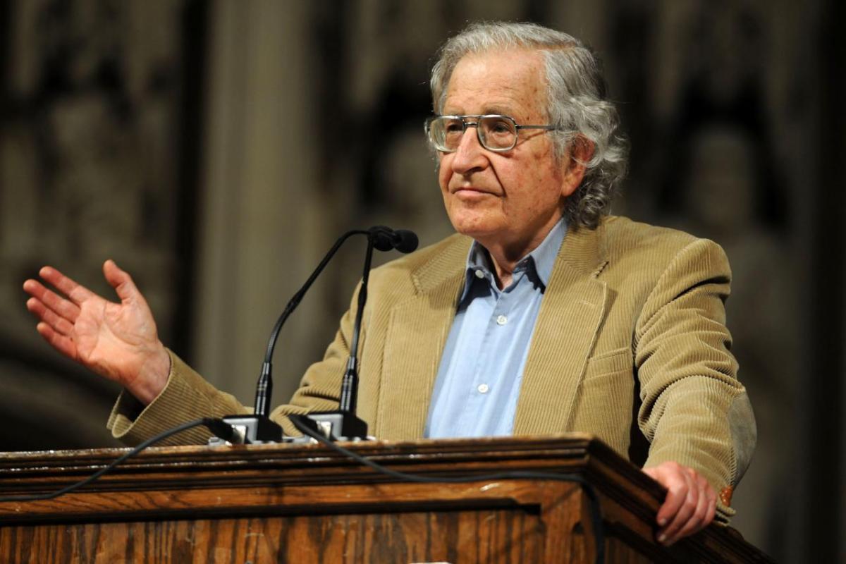 Chomsky'den çağrı: Kırklar Meclisi devreye girsin!